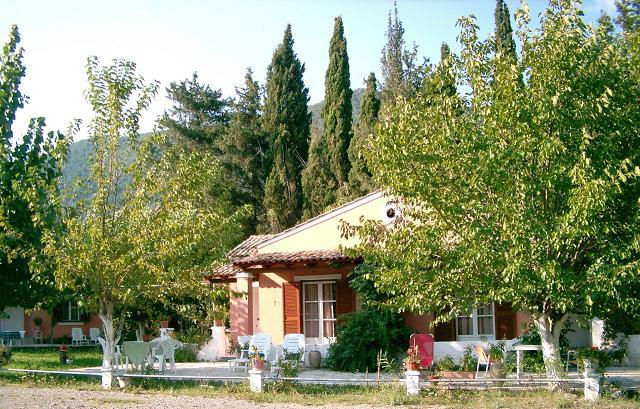 ΑΓ. ΜΑΡΚΟΣ: Errika's apartments