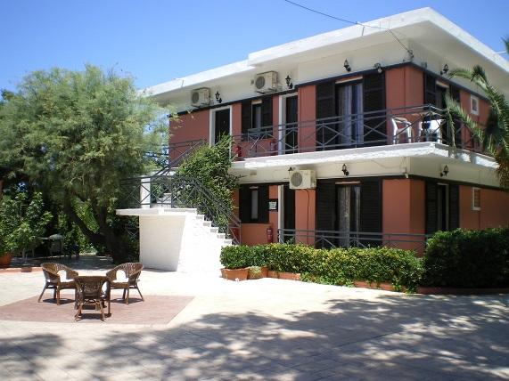 ΚΕΡΚΥΡΑ: Zervos Apartments